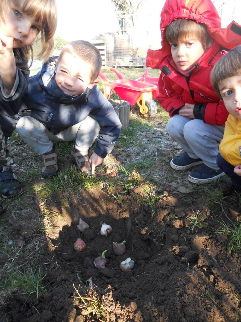 """Agriasilo """"La Piemontesina"""" Torino - bambini e tulipani"""